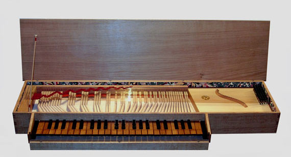 Copy of 1620 Anonymous \'Triple-Fretted\' Clavichord from the Low Countries
